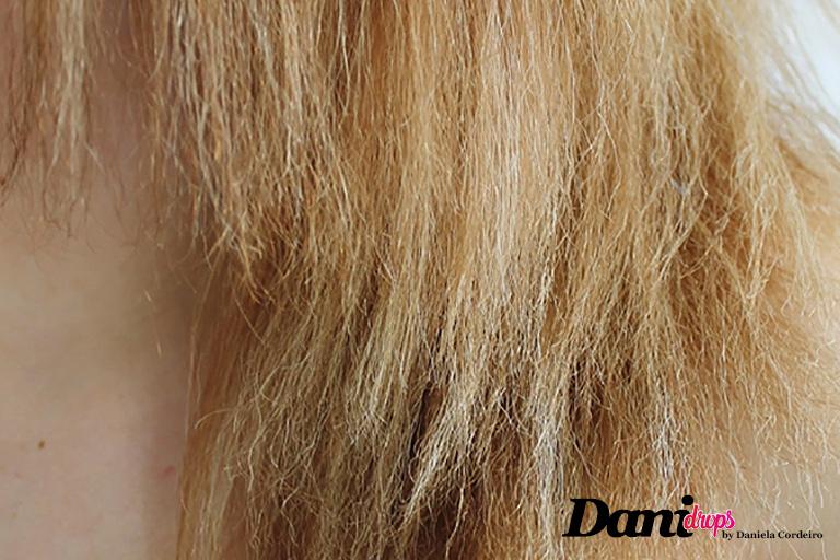 aspecto de cabelo danificado por processo químico