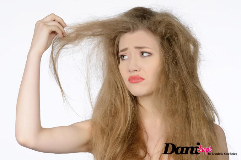 aspecto de um cabelo ressecado