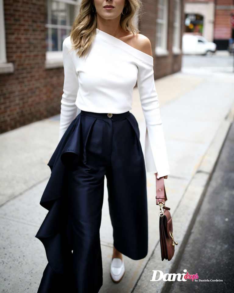 blusa branca com calça de babado azul marinho
