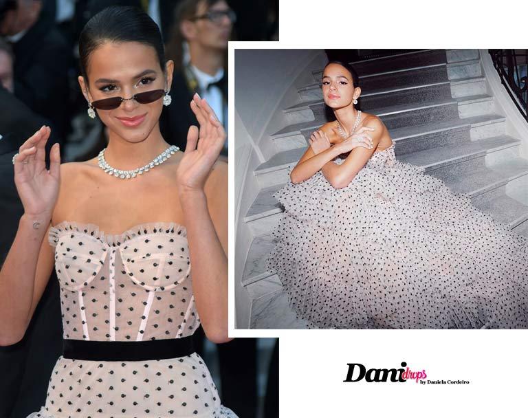 vestido transparente com estampa de poá