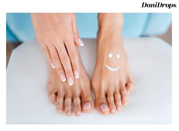 Faça sua manicure e pedicure você mesmo!